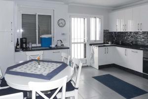Villa Serbales, Villen  Camposol - big - 19