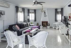 Villa Serbales, Villen  Camposol - big - 22