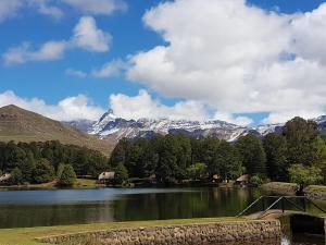 Lake Naverone Holiday Cottages, Resorts  Drakensberg Garden - big - 164