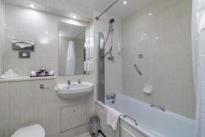 Cosmopolitan Hotel, Hotels  Leeds - big - 62