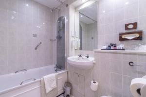 Cosmopolitan Hotel, Hotels  Leeds - big - 28