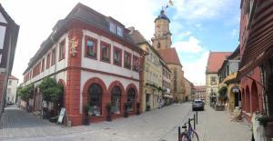 Palais-Volkach - Astheim