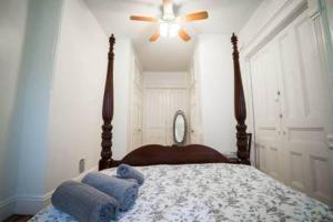 obrázek - Big, Beautiful, Brooklyn, Brownstone Apartment