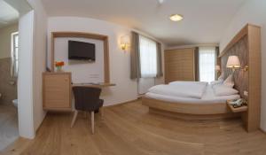 Park Hotel Bellevue, Отели  Доббиако - big - 37