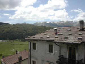 Casetta panoramica nel cuore di Rivisondoli - AbcAlberghi.com