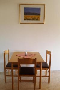 Apartment Starigrad 11683b, Apartmány  Starigrad-Paklenica - big - 6