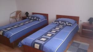 Twin Room Bilje 14318c, Pensionen  Bilje - big - 5