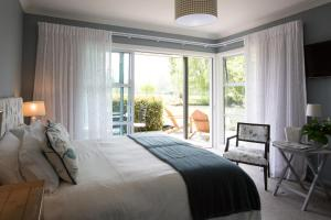 Revive On Oakview Boutique Beauty and Accommodation - Ashburton