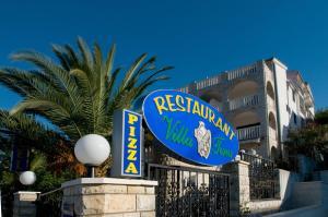 Hotel Vila Tina, Hotels  Trogir - big - 11