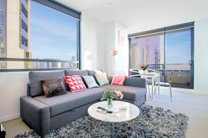 Stay in Melbourne by Gwyneth -..