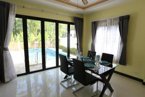 Baan Ping Tara Tropical Private Pool Villa, Ferienhäuser  Strand Ao Nang - big - 33