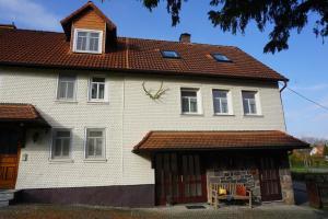 Ferienwohnung Altes Forsthaus Hella - Hopfmannsfeld
