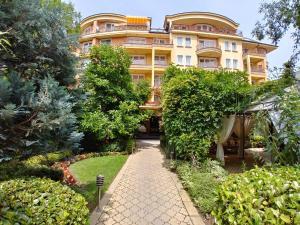IPM Apartment Sofia - Yukari Banya