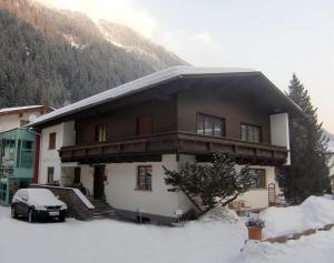 Apart Landhaus Zangerl - Apartment - See
