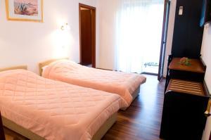Hotel Vila Tina, Hotels  Trogir - big - 13