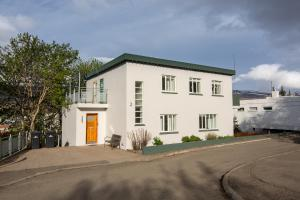 Bjarmo Guesthouse