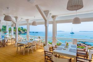 Flores Garden Beach Residence, Apartmány  Černomorec - big - 3