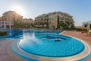 Flores Garden Beach Residence, Apartmány  Černomorec - big - 11