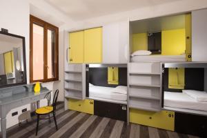 Free Hostels Roma - AbcRoma.com