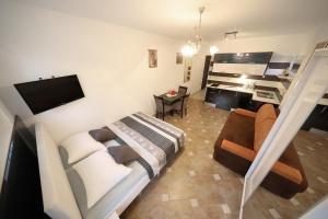 Villa Nika, Apartments  Bibinje - big - 39