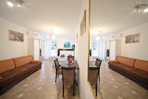 Villa Nika, Apartments  Bibinje - big - 41