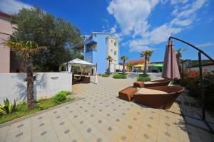 Villa Nika, Apartments  Bibinje - big - 34