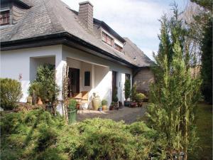One-Bedroom Apartment in Schonecken - Jakobsknopp