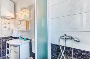 Apartments & Bungalows Ivanović, Affittacamere  Kaštela (Castelli) - big - 93
