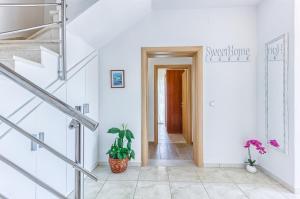 Apartments & Bungalows Ivanović, Affittacamere  Kaštela (Castelli) - big - 96