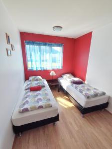 Grundarfjordur Guesthouse and Apartments, Vendégházak  Grundarfjordur - big - 10