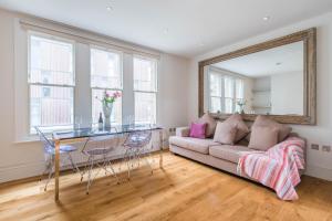 obrázek - Delightful Dalston Home with Beautiful Balcony