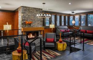 Whistler Village Inn&Suites - Hotel - Whistler Blackcomb