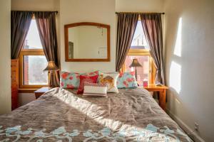 Bozeman - Smart and Sassy, Holiday homes  Bozeman - big - 2