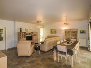 Residence Le Perrot, Nyaralók  Saint-Nexans - big - 21