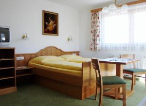 Gästehaus Bleiweis-Zehentner - Accommodation - Zell am See