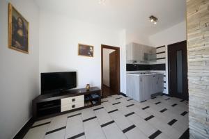Villa Nika, Apartments  Bibinje - big - 94