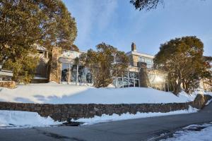 Breathtaker All Suite Hotel & Alpine Spa Retreat - Mount Buller