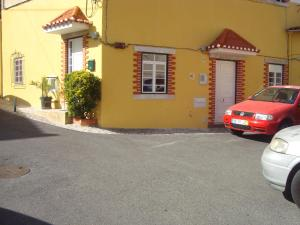 Brunus&Tininha, 2710-556 Sintra