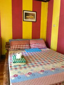 Budget Double Room Romantic Place Guesthouse