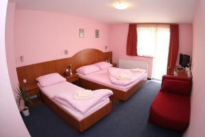 Quadruple Room Oroslavje 15384g