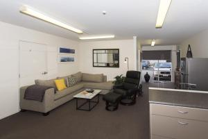 STYLISH IN STRANDON - GREAT VALUE APARTMENT - Hotel - New Plymouth
