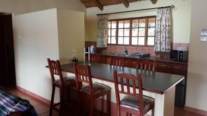 Lake Naverone Holiday Cottages, Resorts  Drakensberg Garden - big - 172