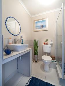 Sea Spray Chalet, Apartments  Muizenberg - big - 7