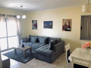 EKA Luxury Apartment 4