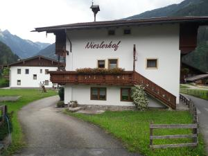 Nieslerhof - Hotel - Mayrhofen