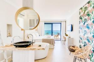 Pyrgos Blue, Apartmanhotelek  Mália - big - 58