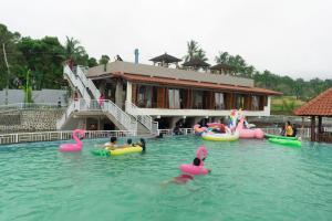 Grand Harvest Resort & Villas, Resort  Banyuwangi - big - 117
