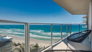 Hi Surf Beachfront Resort Apar..
