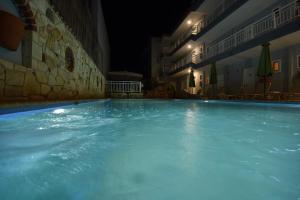 Kiwi Hotel, Hotels  Nea Fokea - big - 21