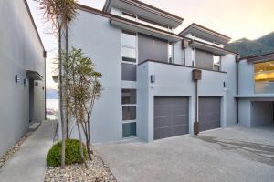 Luxury on the Lake, Apartmanok  Queenstown - big - 79
